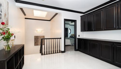 2nd-Floor-Foyer-1